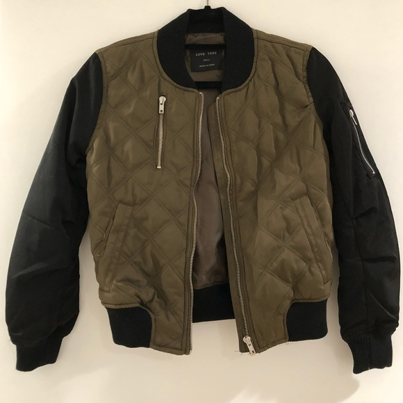 b22eabb823f Fashion Nova Jackets & Coats   Womens Quilted Bomber Jacket   Poshmark